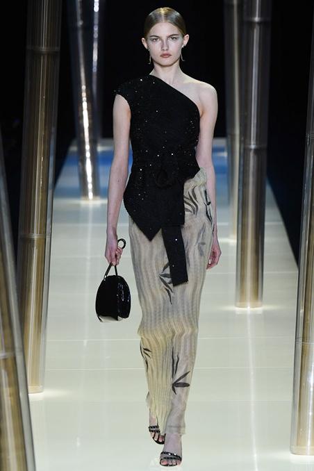 ARMANI PRIVÉ Spring/Summer 2015 Couture