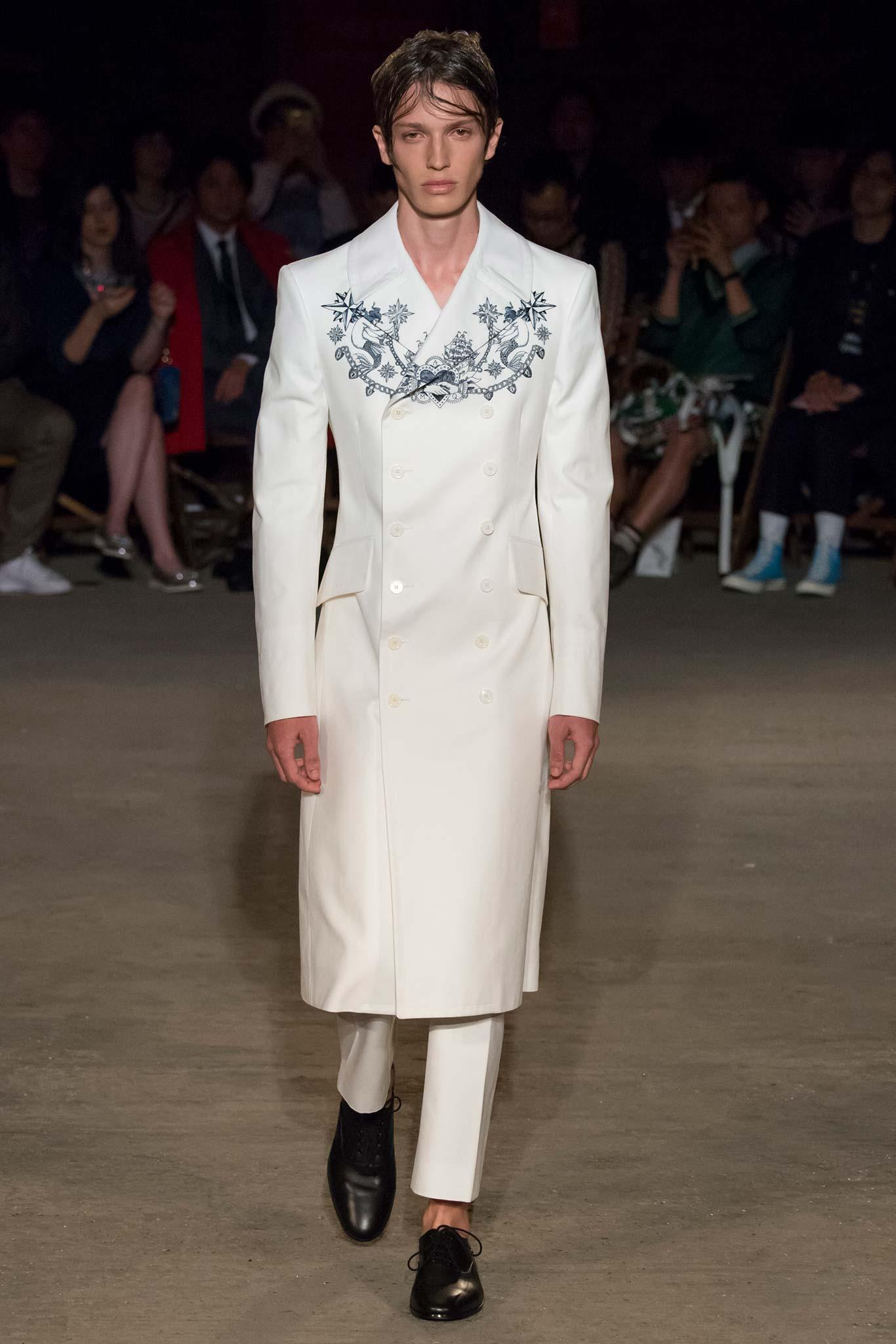 Alexander McQueen Spring/Summer 2016 Menswear